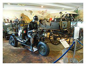 Veicoli militari al Museo Nicolis