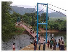 Uno dei ponti in Myanmar